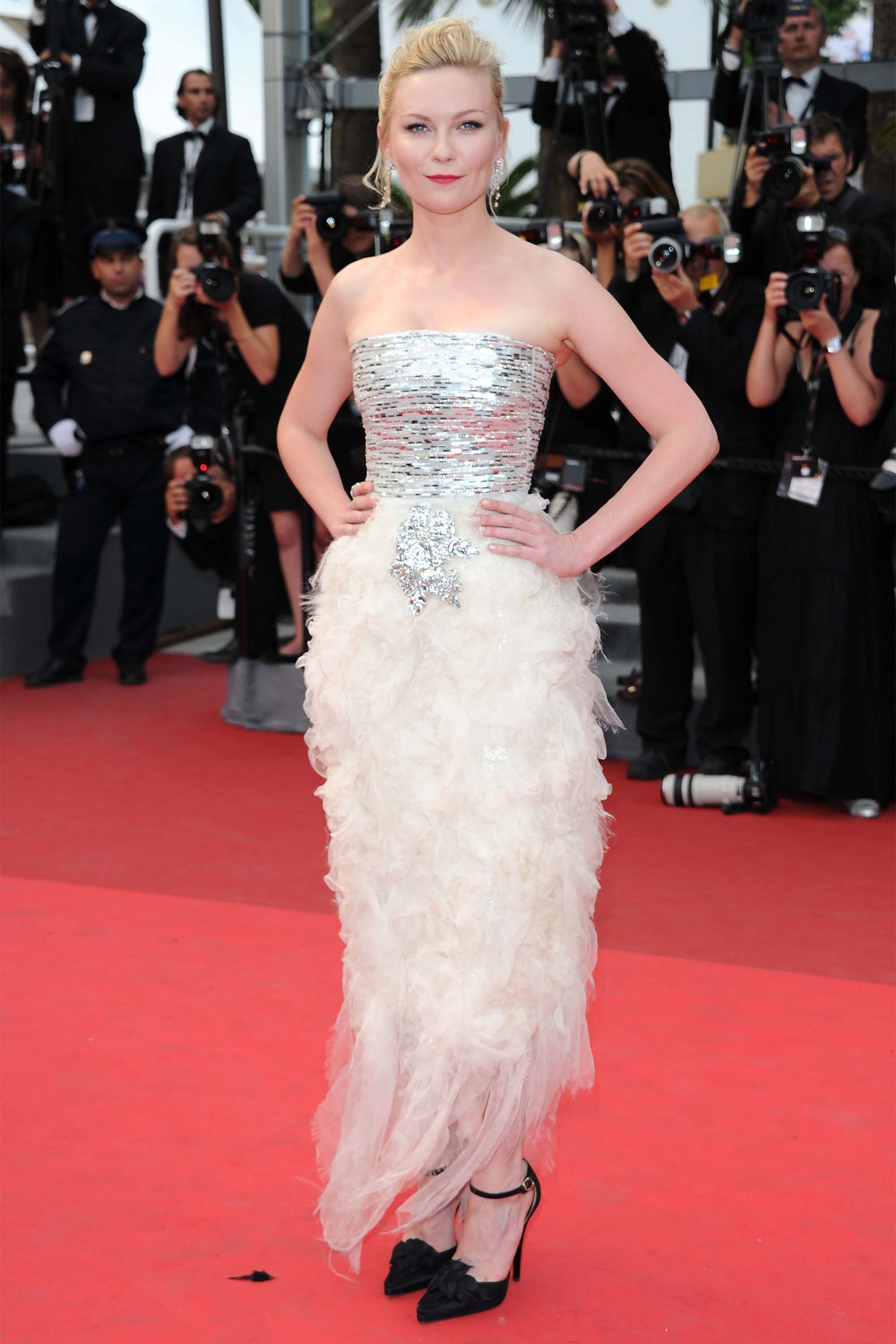eb7240e7b23 70 Best Cannes Dresses of All Time - Cannes Film Festival Celebrity Red  Carpet