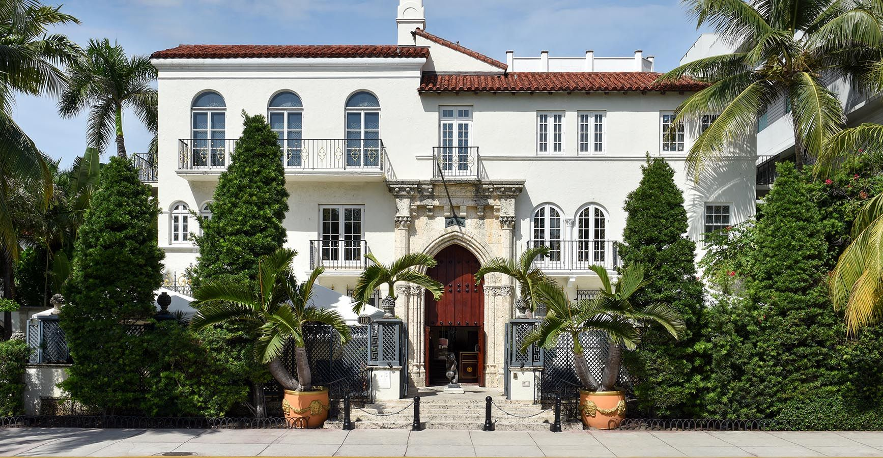 Versace Home Miami versace mansion is now a hotel history of gianni versace s miami home