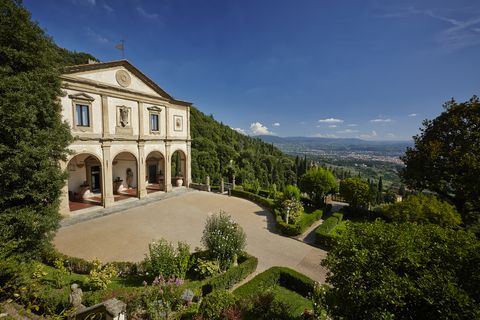 Estate, Property, Sky, Building, Mansion, House, Architecture, Villa, Real estate, Tree,