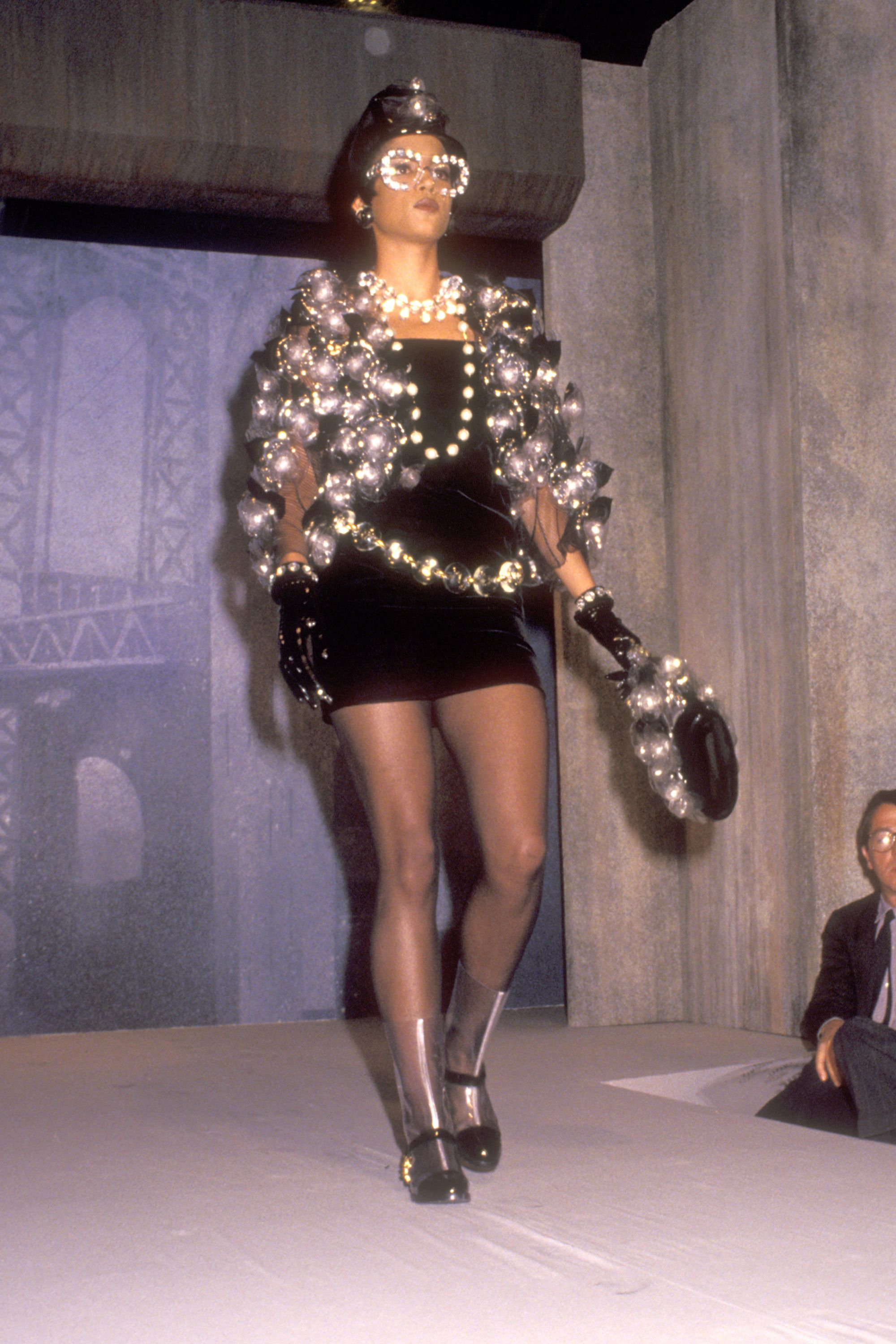 a84c29cd13dd42 100 of Karl Lagerfeld's Best Chanel Runway Moments - Karl Lagerfeld Chanel  Designs