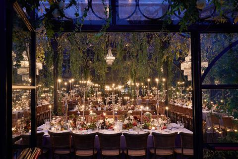 Wedding banquet, Decoration, Rehearsal dinner, Function hall, Chiavari chair, Lighting, Banquet, Wedding reception, Restaurant, Event,