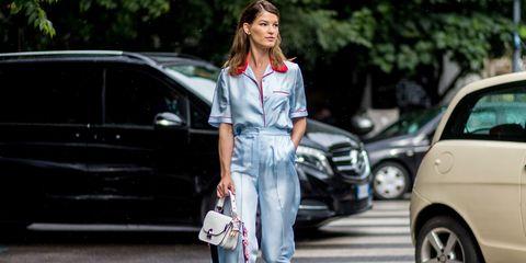 Street fashion, Clothing, Jeans, Fashion, Vehicle door, Vehicle, Footwear, Car, Shoulder, Denim,