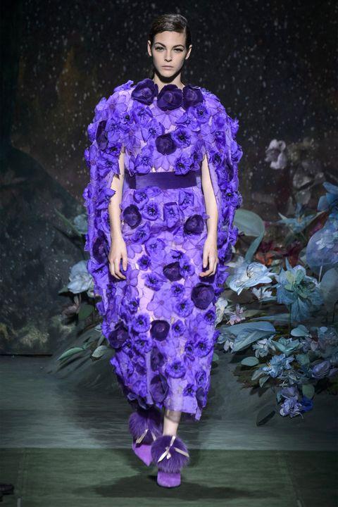Fashion, Purple, Haute couture, Fashion model, Violet, Runway, Fashion show, Lavender, Electric blue, Fashion design,