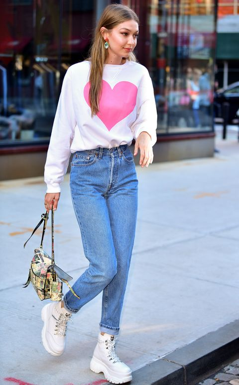 47ac652bbb42 Cute Valentine s Day Outfit Ideas - Best Date Night Style