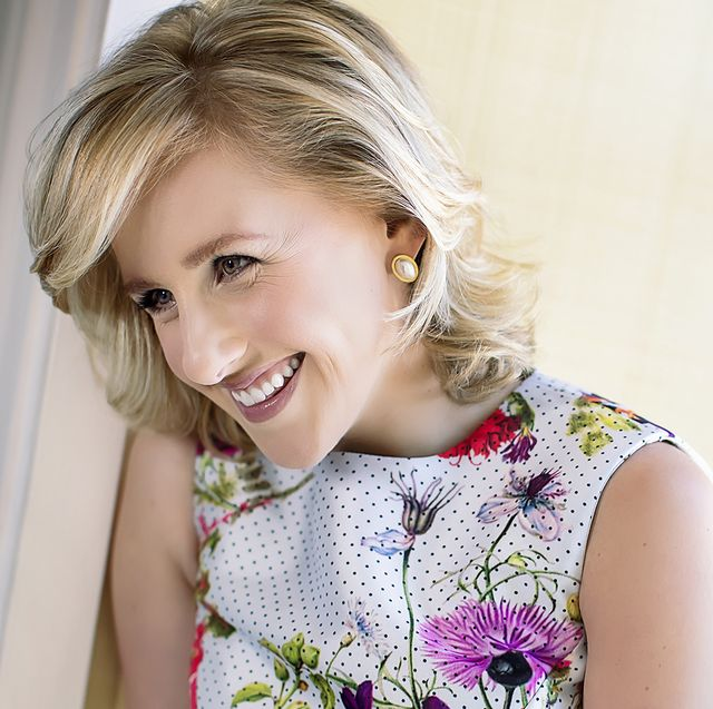Hair, Face, Facial expression, Blond, Child, Skin, Hairstyle, Beauty, Smile, Pink,