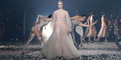 4a0741be Christian Dior : Runway - Paris Fashion Week Womenswear Spring/Summer 2019