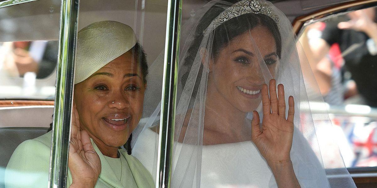 Young Mother Of The Bride: Meghan Markle's Mother Doria Ragland Wore Oscar De La