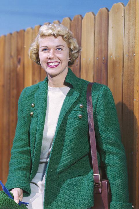 Green, Outerwear, Clothing, Jacket, Blazer, Blond, Sweater, Wool, Top, Cardigan,