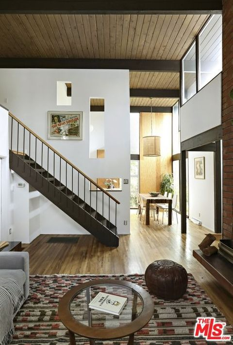 Room, Property, Interior design, Stairs, Ceiling, House, Building, Home, Living room, Floor,