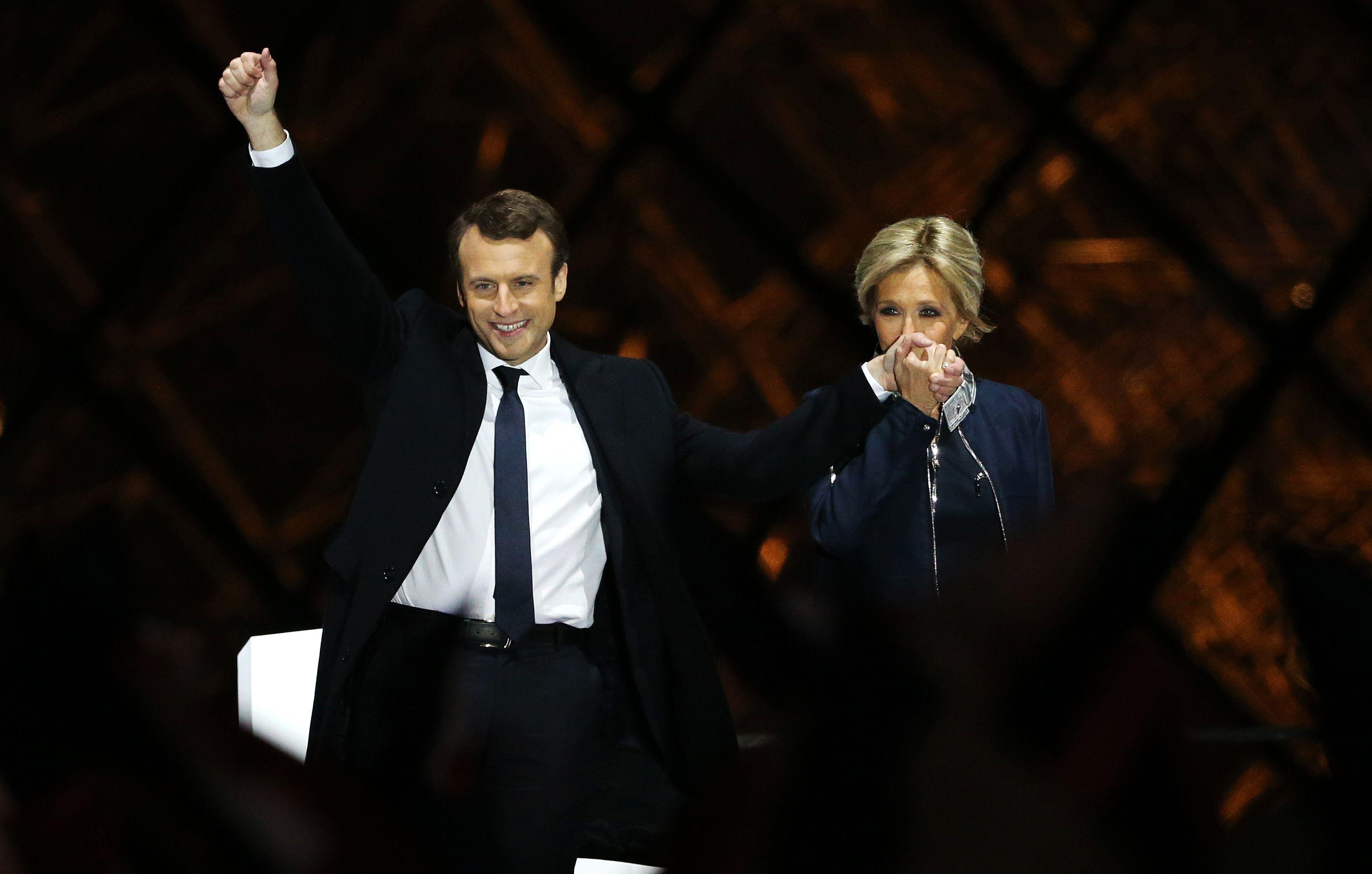 Emmanuel Macron Wedding.Emmanuel And Brigitte Macron Photos Emmanuel Macron And Brigitte