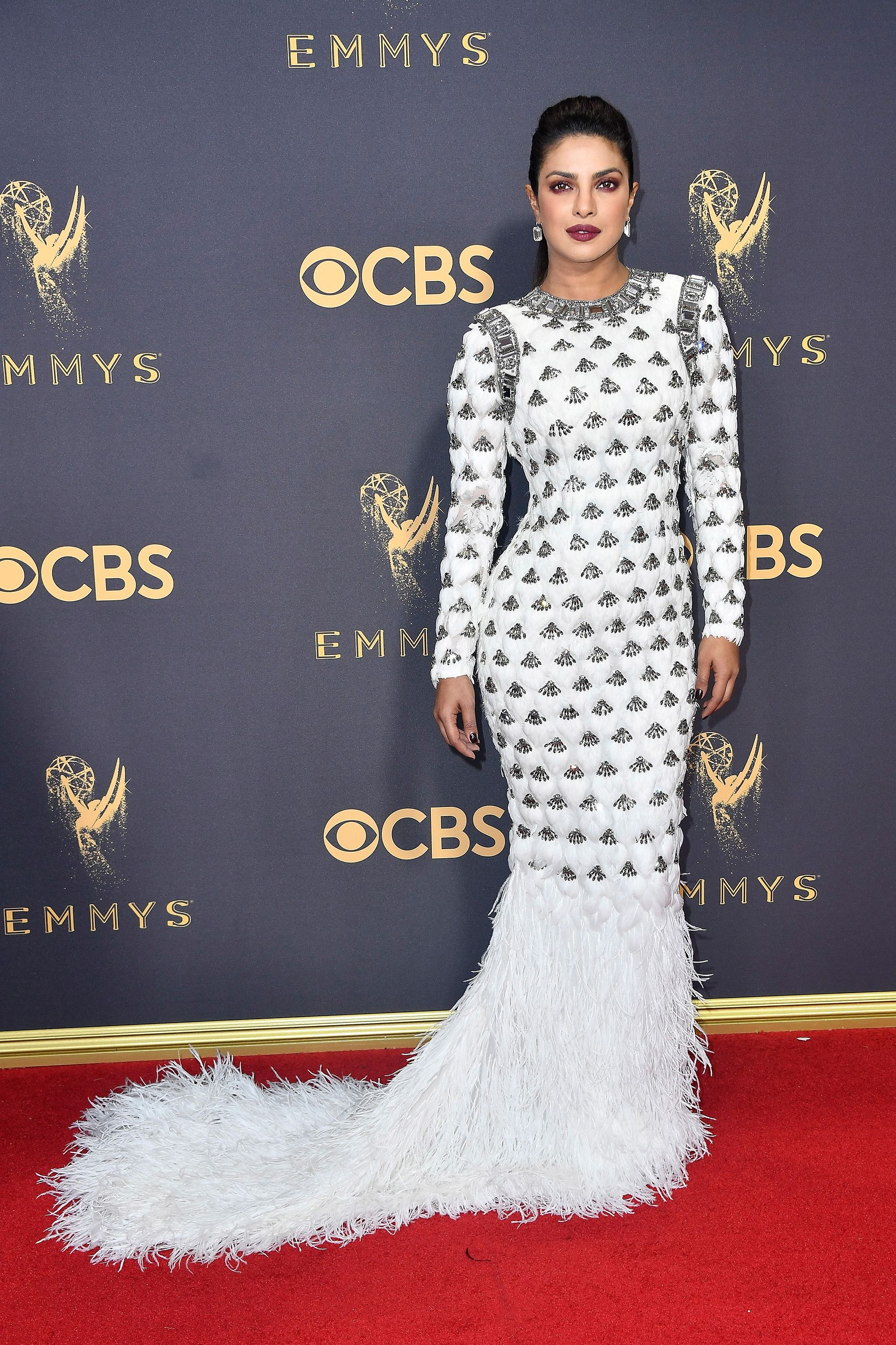 Best Dressed Red Carpet Emmys 2017 - Ficts