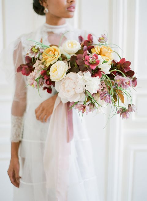 Bouquet, White, Flower Arranging, Photograph, Flower, Cut flowers, Floristry, Pink, Floral design, Wedding dress,