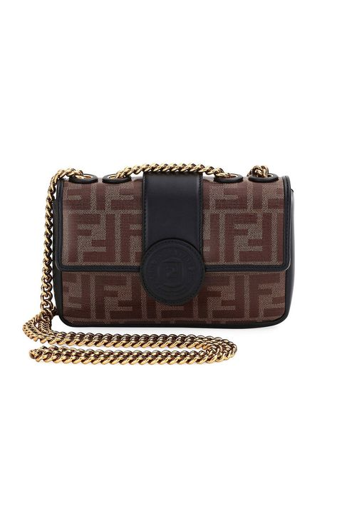 68f50afc6eda Embrace the return of the Fendi logo print with this classic two-tone chain  bag.