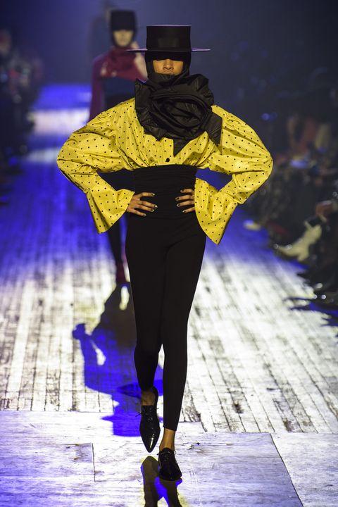 Fashion, Runway, Fashion show, Haute couture, Fashion design, Fashion model, Yellow, Electric blue, Event, Fictional character,