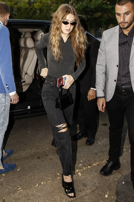 Style Looks Sexiest Hadid's Gigi Model Hadid n0PkwO