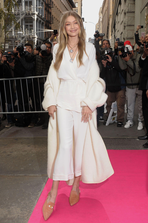 a6449b24f1 Gigi Hadid Model Style - Gigi Hadid s Sexiest Looks