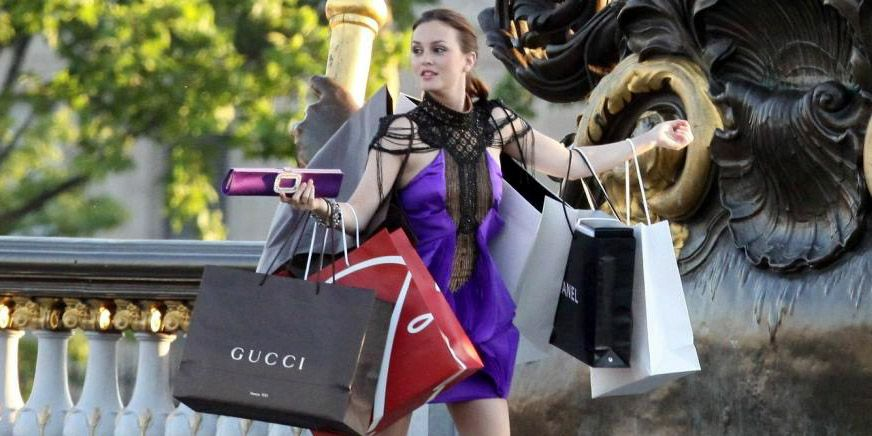 40% of fashion shoppers make half of purchases online, study finds
