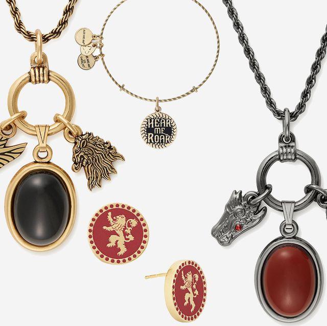 Jewellery, Fashion accessory, Necklace, Pendant, Locket, Body jewelry, Chain, Gemstone,