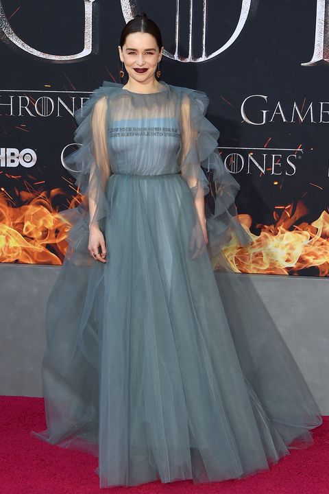Got Red Nails For Prom Jems And Sparkles Were Added: Emilia Clarke Is Dressed Like A True Queen On The Game Of