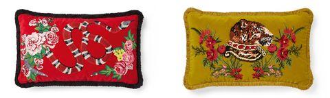 Cushion, Pillow, Textile, Coin purse, Throw pillow, Rectangle, Linens,
