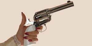 guns women