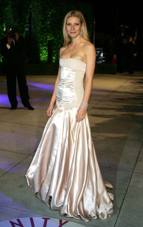 Gwyneth Paltrow Wedding Dress Details Gwyneth Paltrow Bridal Gown Designer