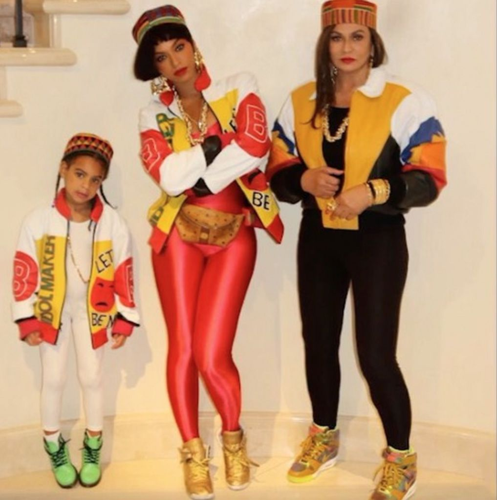sc 1 st  Harperu0027s Bazaar & 85 Best Celebrity Halloween Costumes - Top Celeb Costume Ideas