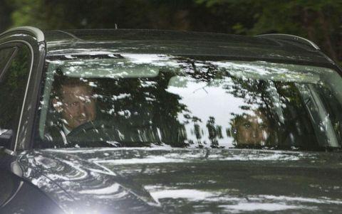 Znalezione obrazy dla zapytania meghan markle pippa middleton wedding in car