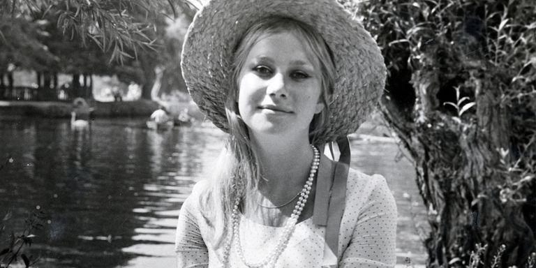Rare Photos Of Helen Mirren - Rarely Seen Photos Of Helen Mirren-7357