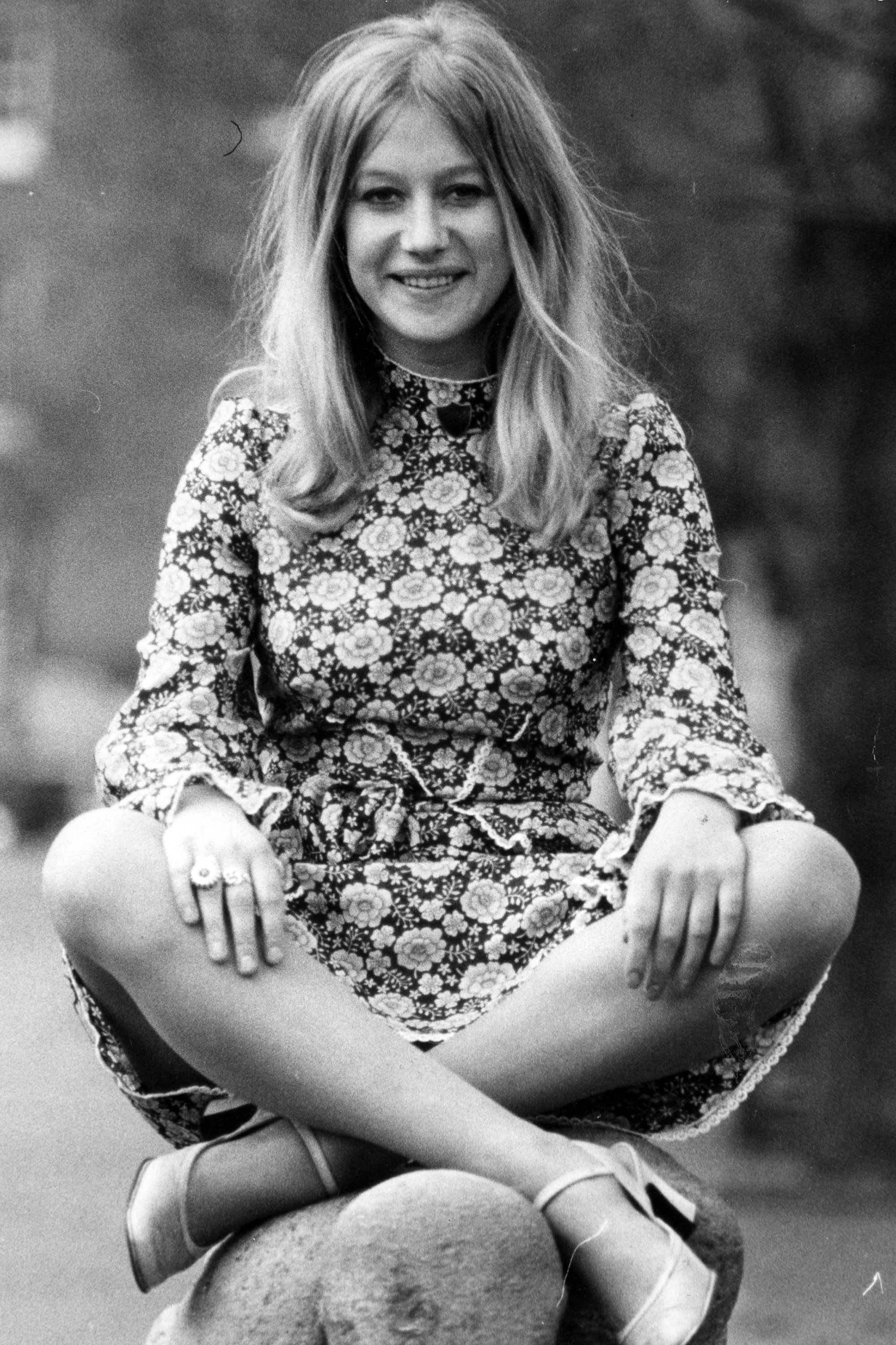 Pictures of young helen mirren 14