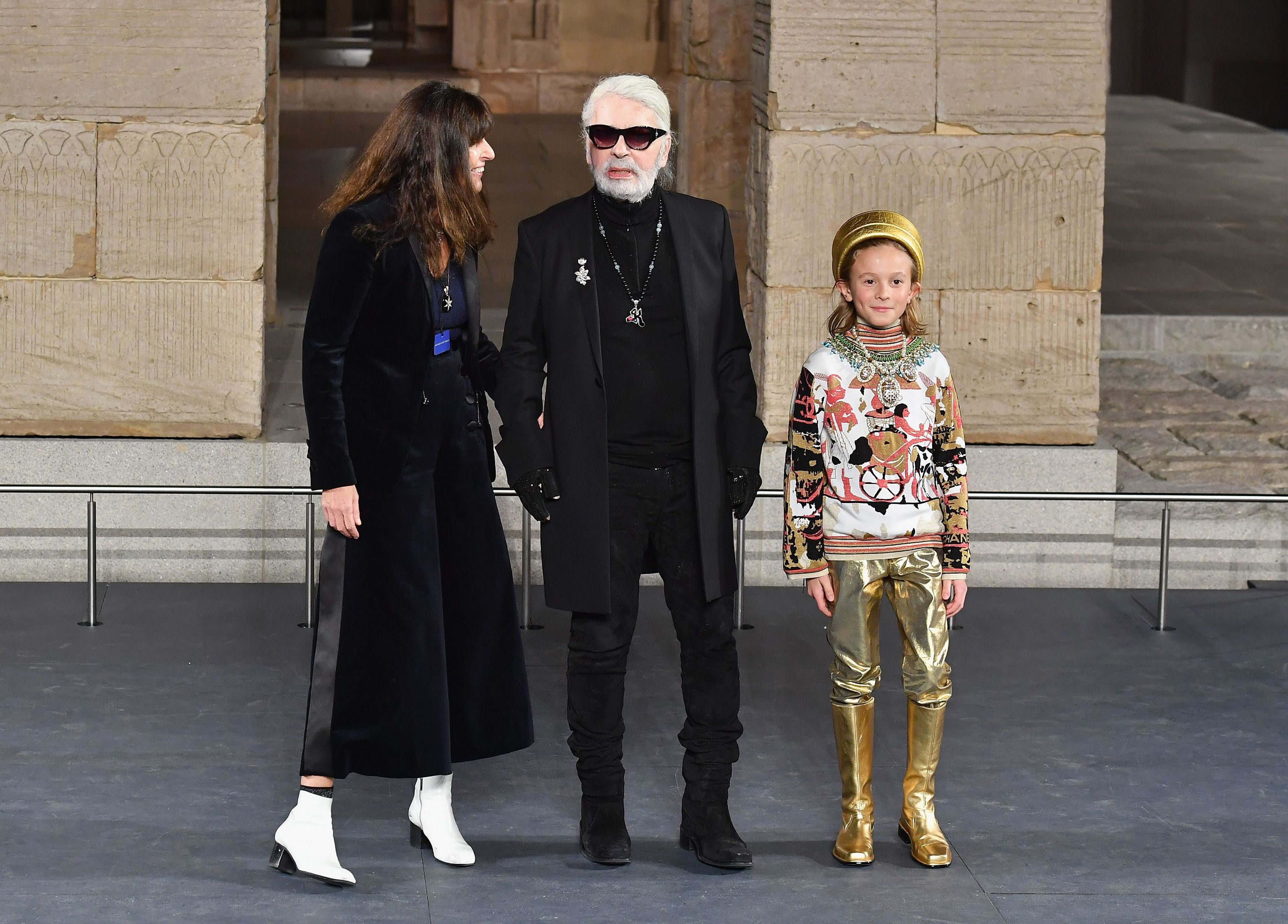 2bf0d022e67f History of Chanel Runway