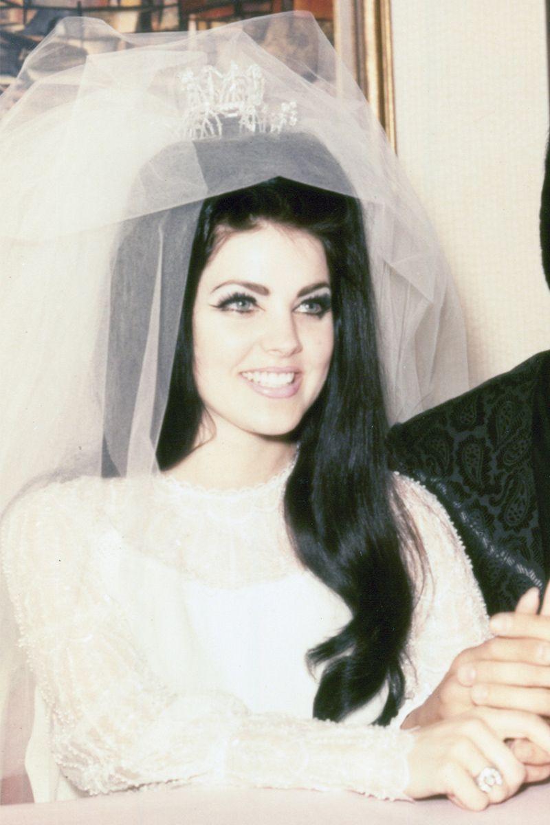 veil priscilla presley wedding dress