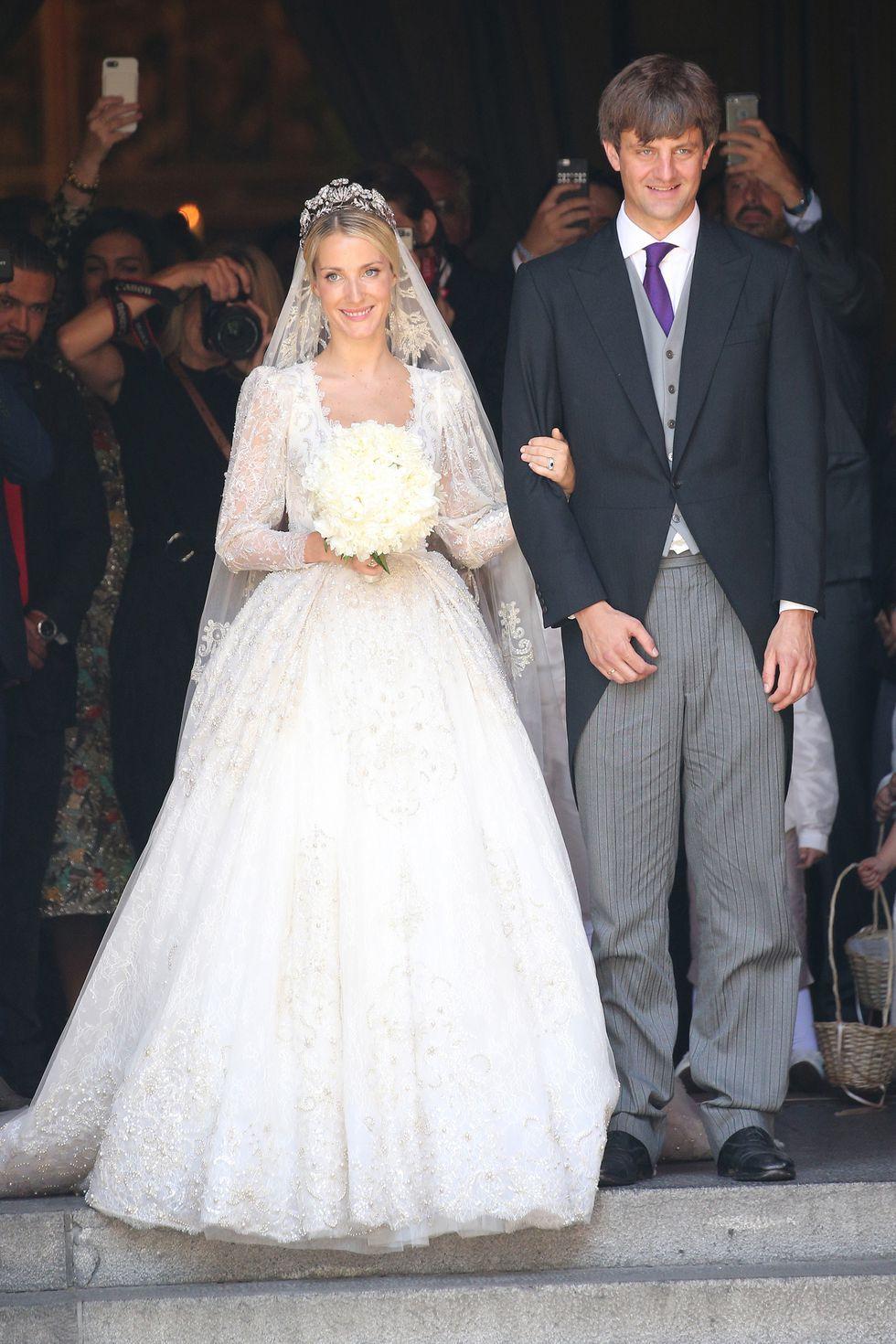 Gloved Long Sleeve Off the Shoulder Wedding Dresses