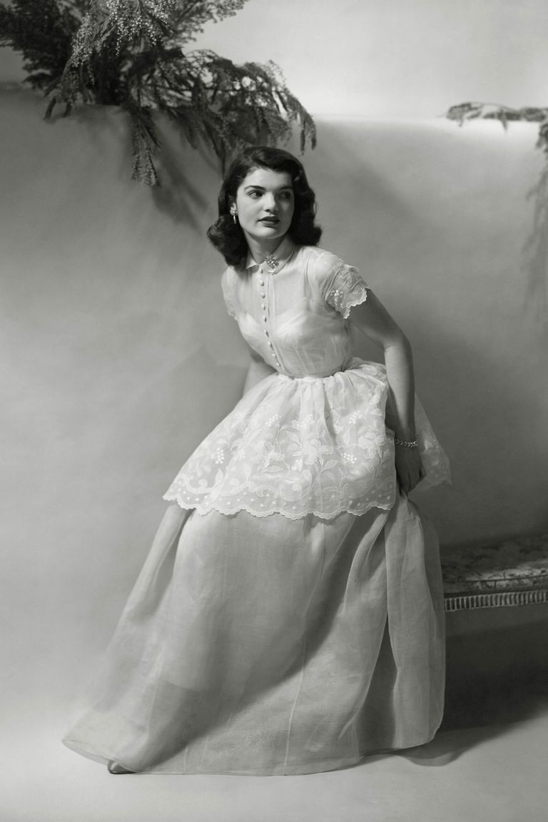 Jackie Kennedy Dresses: Iconic Jackie Kennedy Fashion Pictures