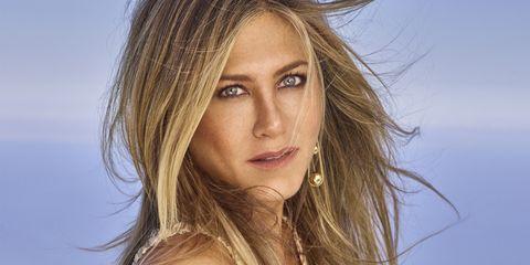 Hair, Face, Blond, Hairstyle, Eyebrow, Lip, Beauty, Layered hair, Long hair, Surfer hair,