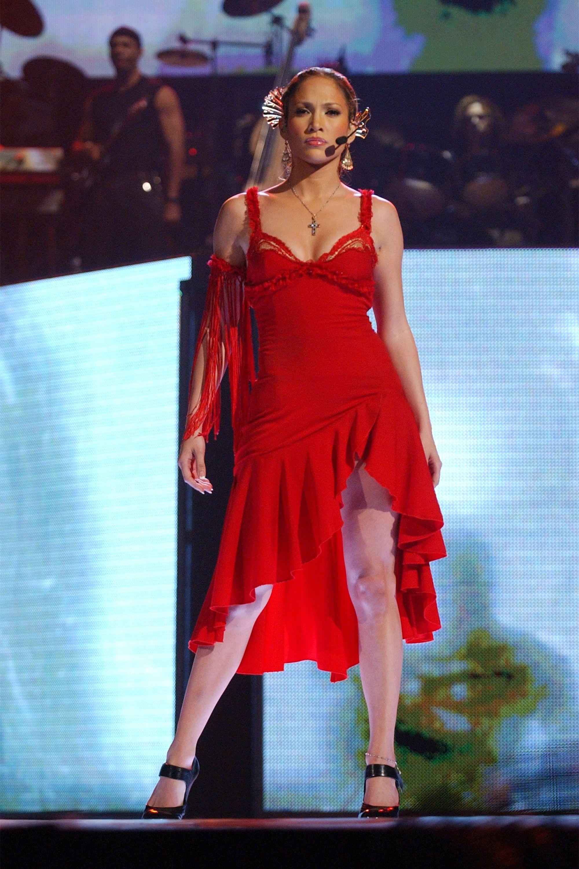jennifer dress lopez bra short