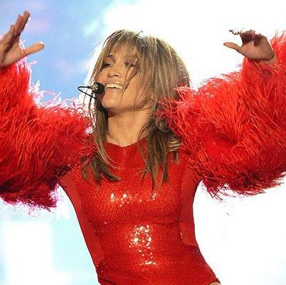hbz-jennifer-lopez-concert-outfits-2013-gettyimages-169451785-1500655789.jpg?crop=0.502xw:1.00xh;0.250xw,0&resize=640:*