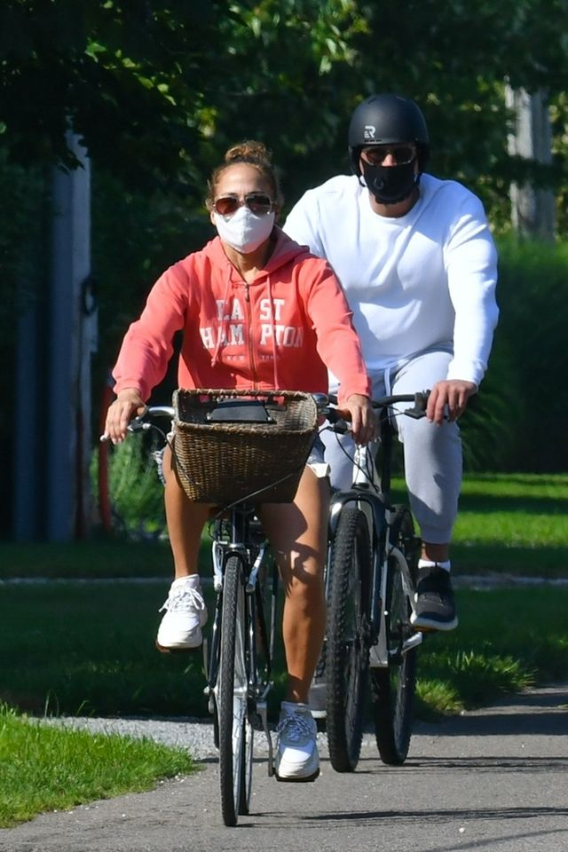 hamptons, ny    jennifer lopez and alex rodriguez got physical on a bike ride around the hamptonspictured jennifer lopez and alex rodriguezbackgrid usa 5 july 2020 usa 1 310 798 9111  usasalesbackgridcomuk 44 208 344 2007  uksalesbackgridcomuk clients   pictures containing childrenplease pixelate face prior to publication