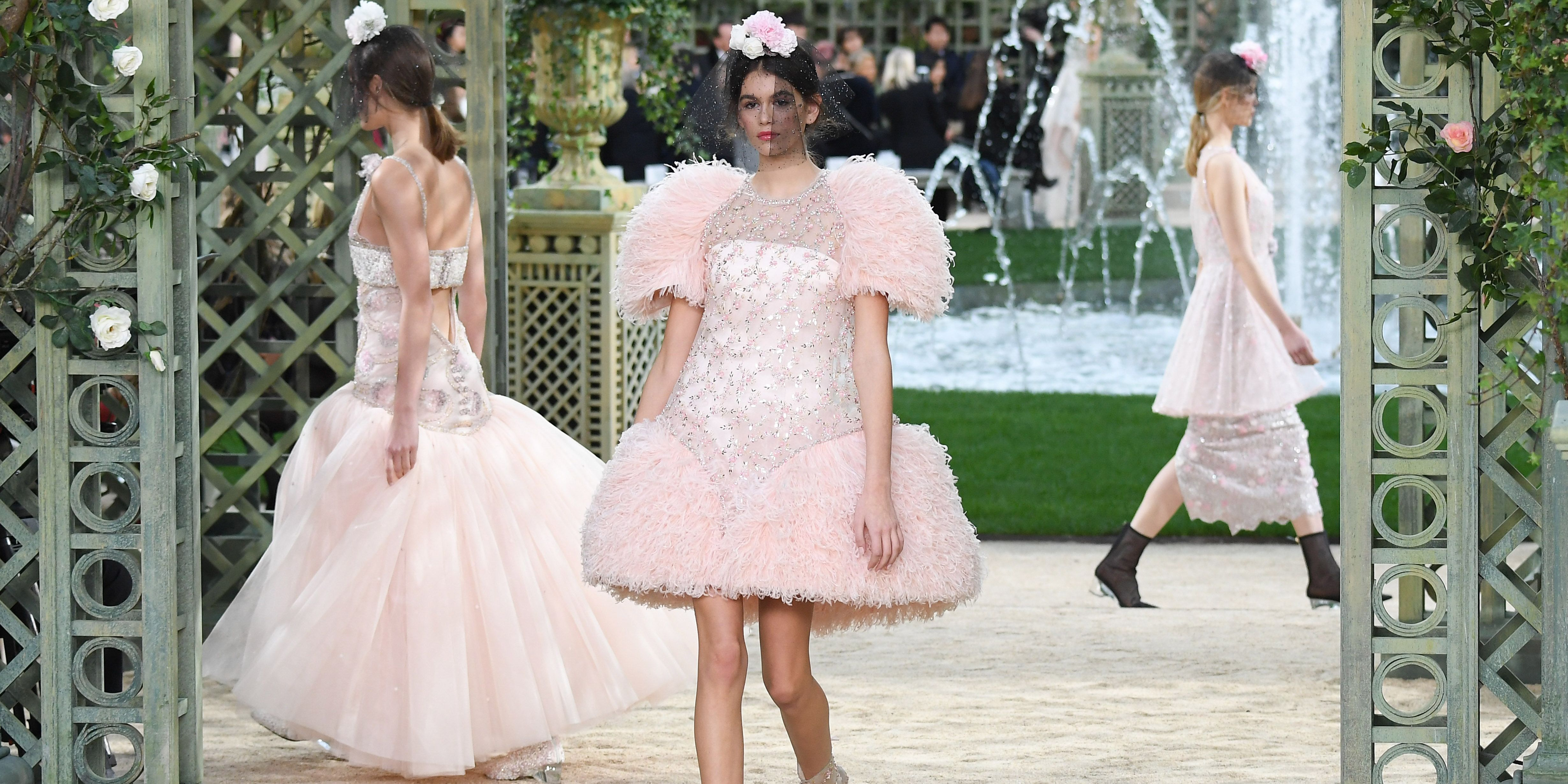 Kaia Gerber Walks First Couture Show at Chanel Couture Spring 2018 ...