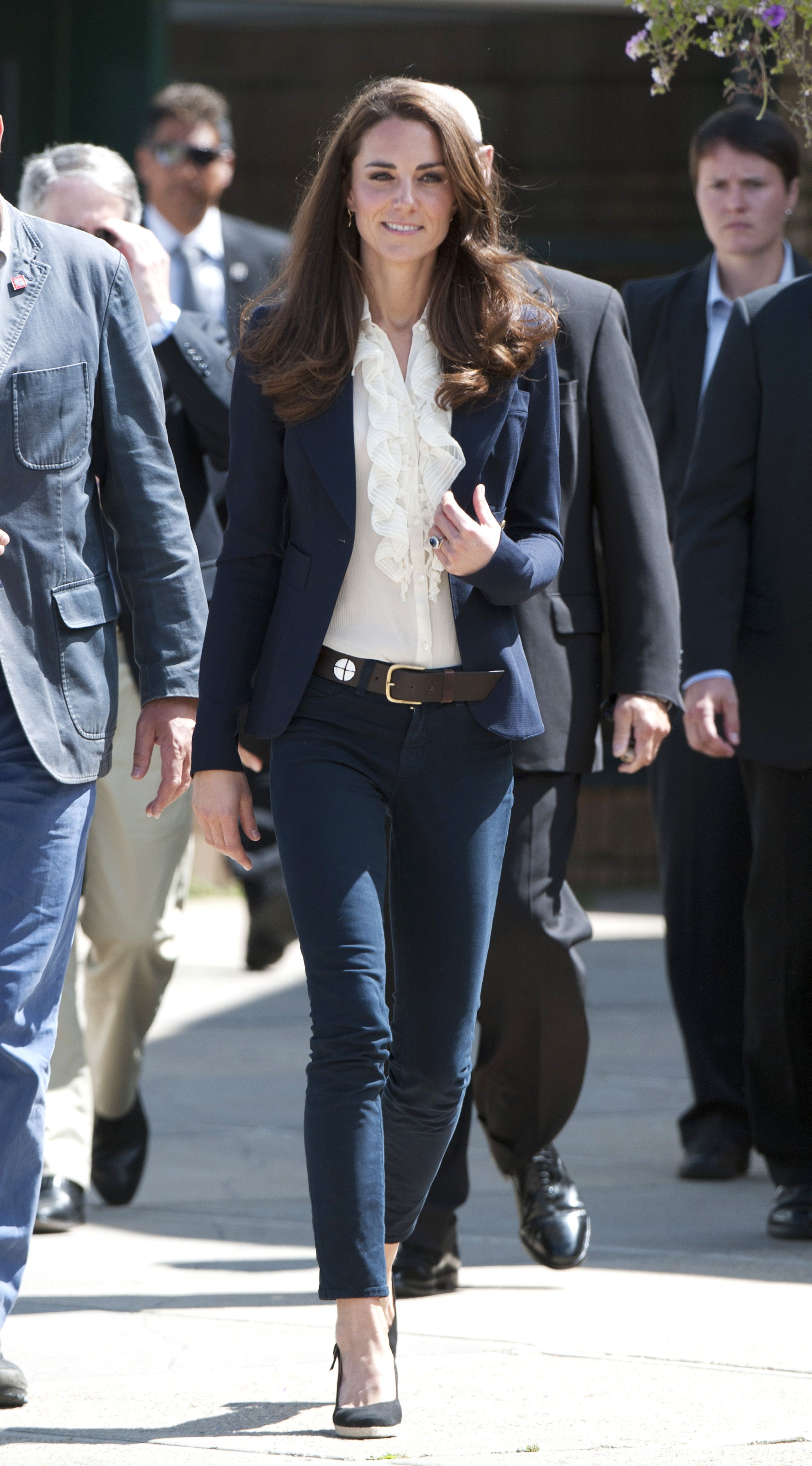 58568a8d73f Kate Middleton Jeans and Pants Outfits - Kate Middleton s Casual Outfits  and Style