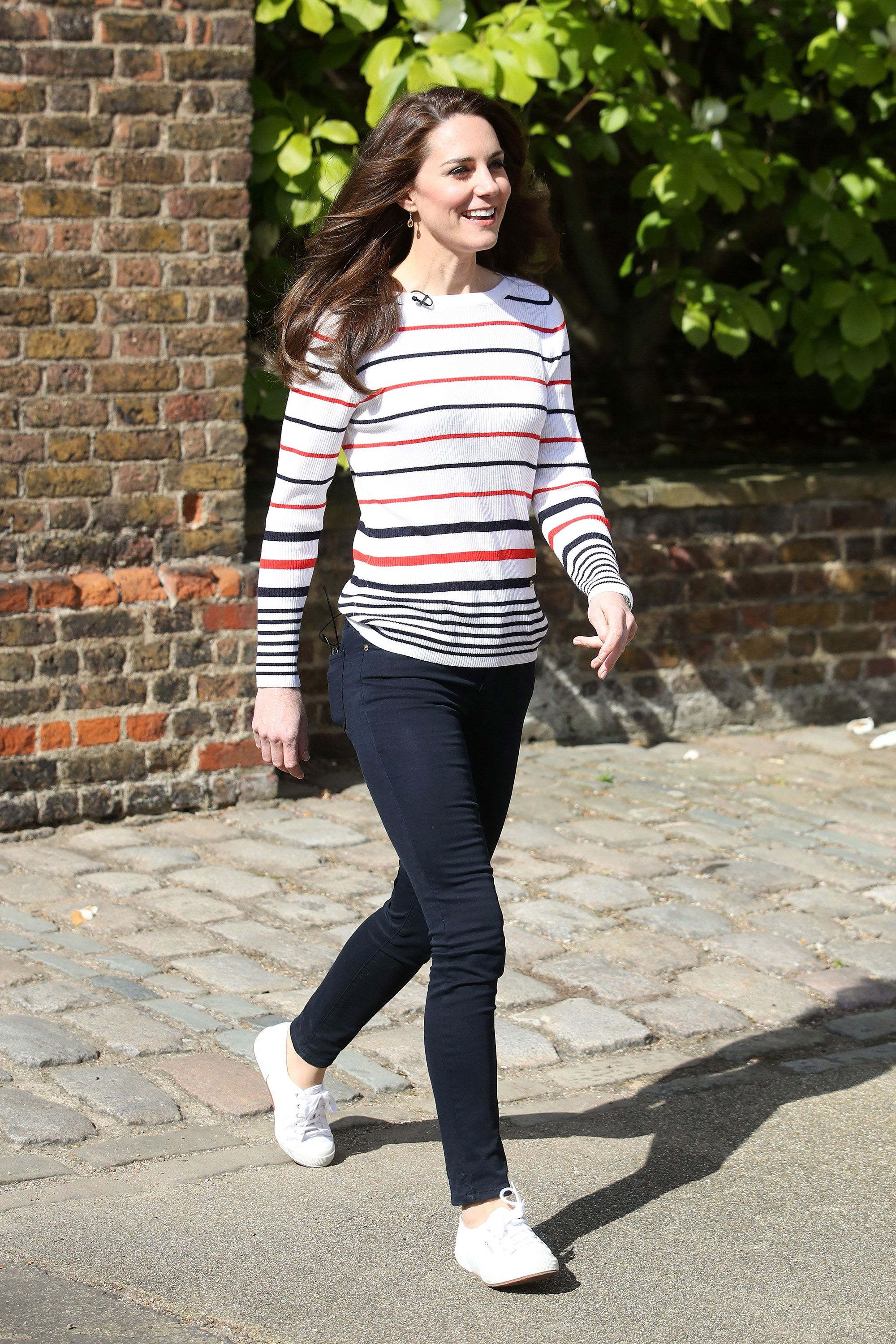 0afcbf76 Kate Middleton Jeans and Pants Outfits - Kate Middleton's Casual Outfits  and Style