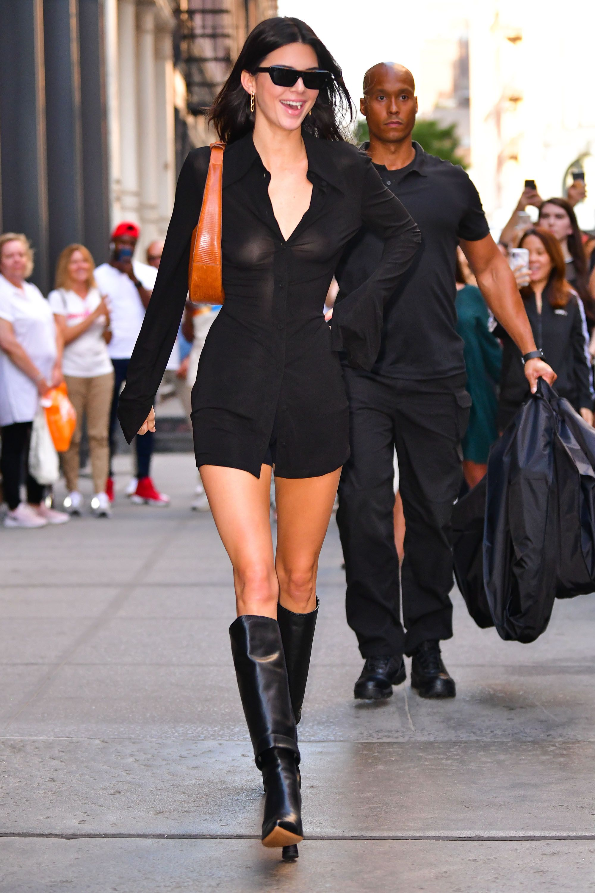 Beautiful Black Boots with Kendall Jenner –