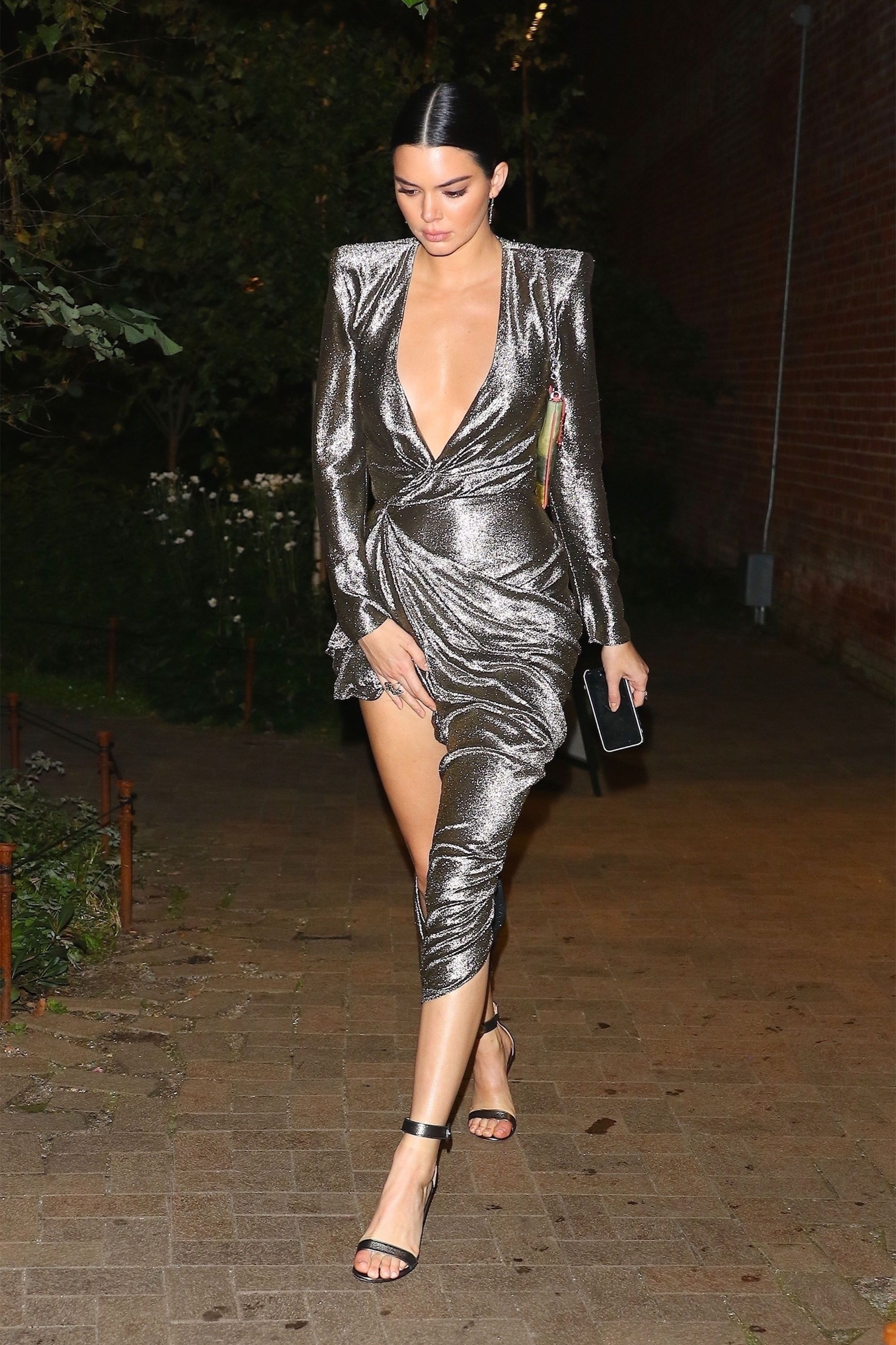 9541b9c4a75 Kendall Jenner Style - Kendall Jenner s Best Outfits