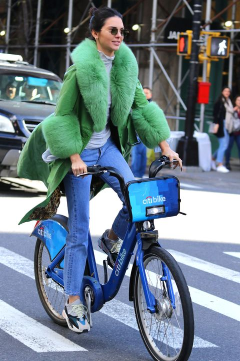 0bf97abac05 Kendall Jenner goes on a CitiBike ride on her 23th Birthday in New York  City.