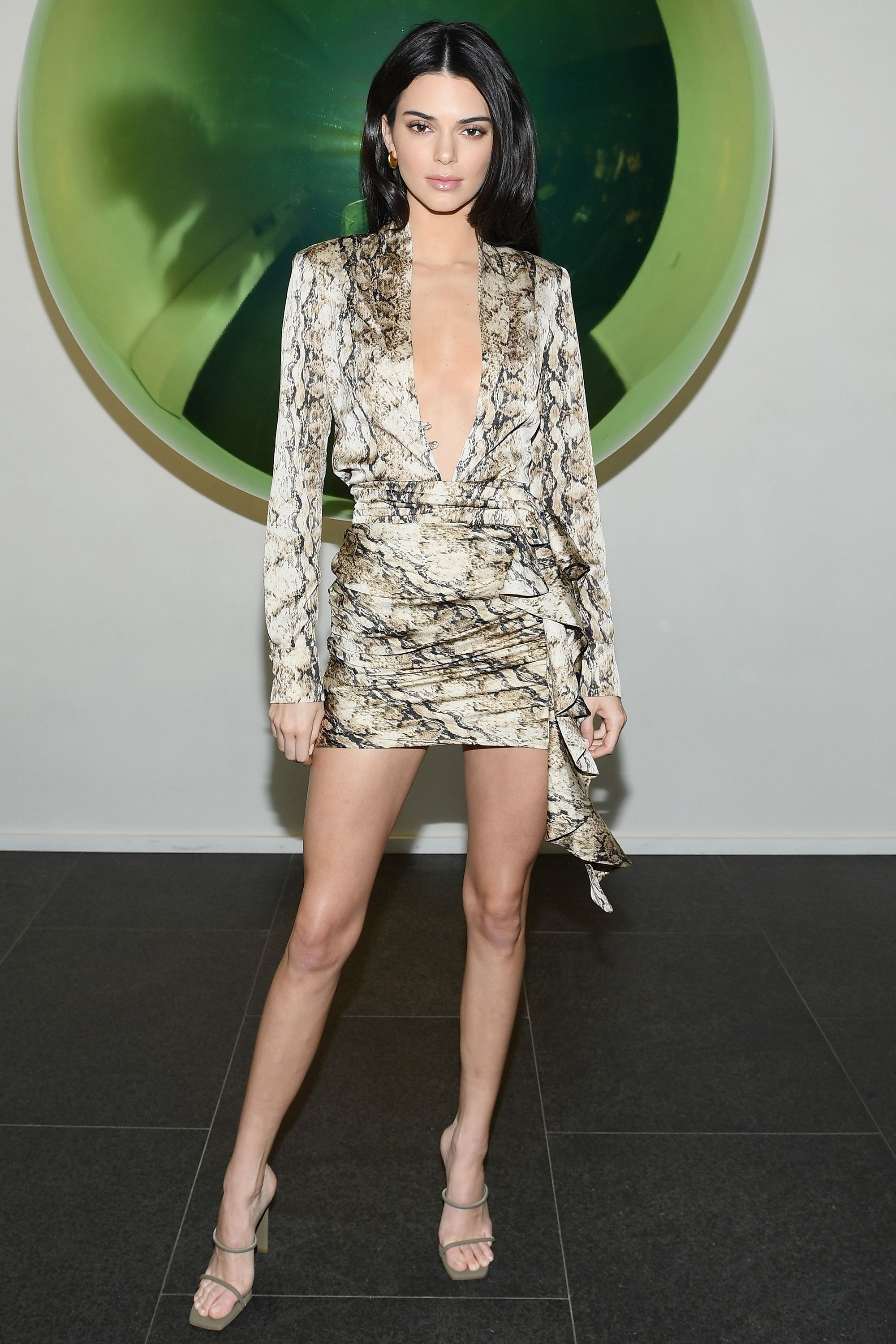 0932b8c95a4 Kendall Jenner Style - Kendall Jenner s Best Outfits