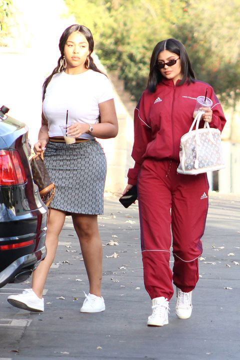 Kylie Jenner Spottted Out In La After Welcoming Baby