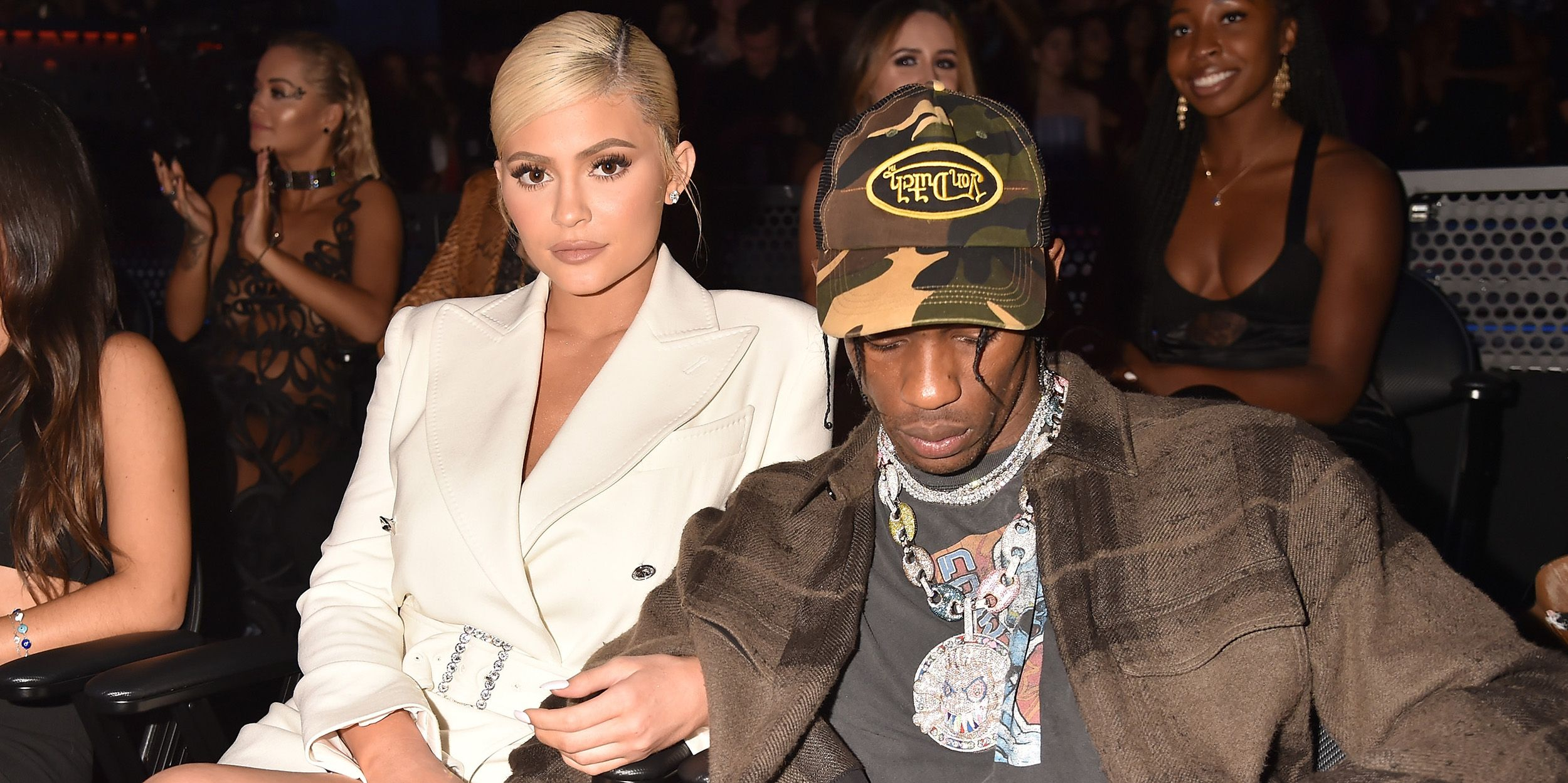 how long has kylie jenner dating travis scott