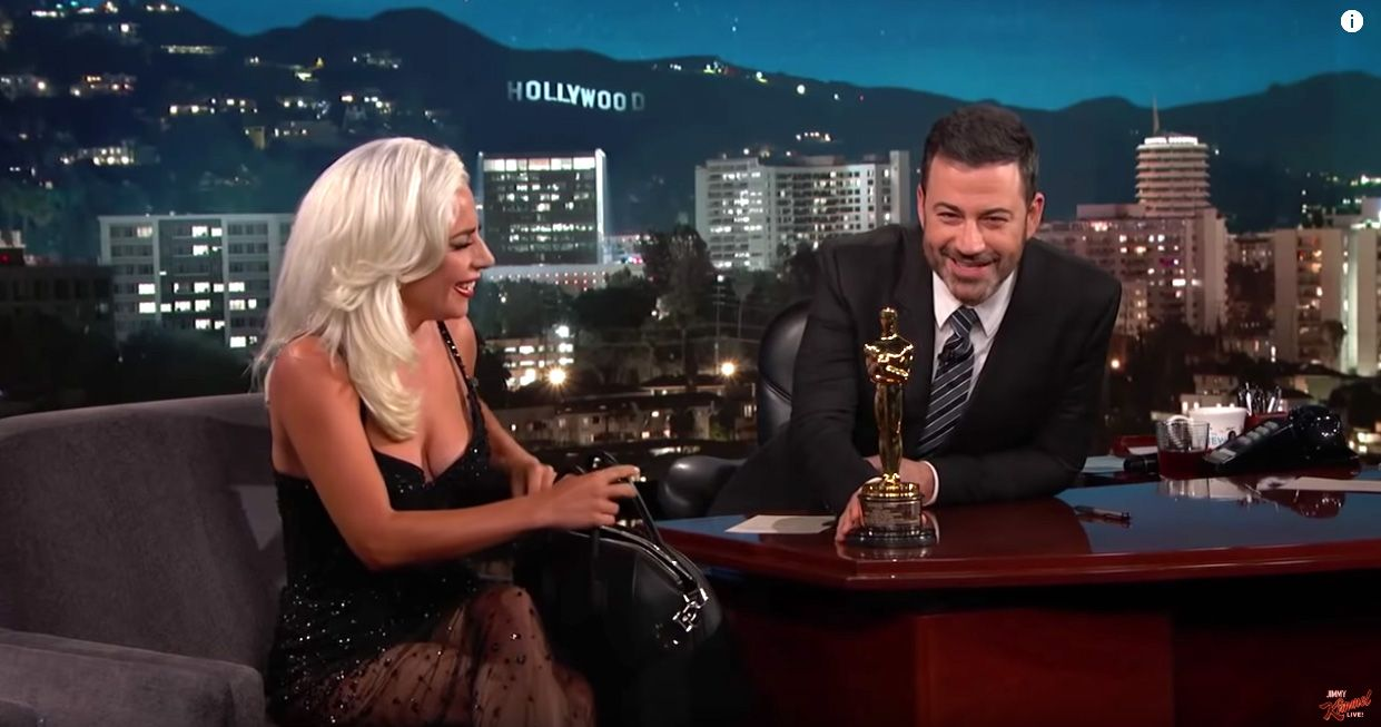 She brought her Oscar statue to the taping, as one casually does.