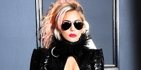 Eyewear, Hair, Sunglasses, Lip, Blond, Cool, Hairstyle, Glasses, Vision care, Black hair,