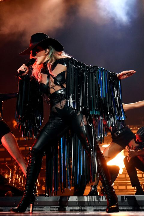 hbz-lady-gaga-tour-gettyimages-828995556
